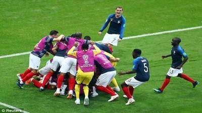 Drama 7 Gol, Prancis Pulangkan Argentina