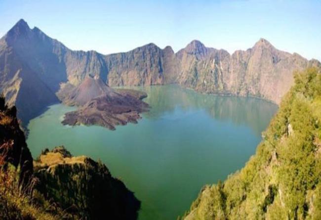 UNESCO Tetapkan Gunung Rinjani Sebagai Geopark Dunia