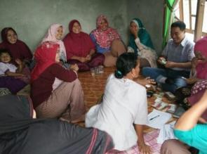 54 KK di Desa Beringin Lestari Tapung Hilir Terima Bansos Program Keluarga Harapan