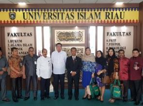 Presiden of University of Saint Anthony Philipina Ingin Belajar dari UIR Mengelola Pendidikan