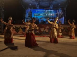 Panggung seni kreatif Dispar Riau diramaikan Kelompok seni dari Kepulauan Meranti