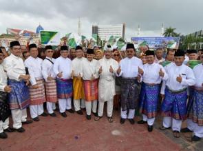Bank Riau Kepri Salurkan Dana CSR Kepada 5 Ribu Tenaga Kerja Dalam Program GN Lingkaran Di Batam