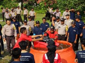 Ratusan Personil Polres Pelalawan Siap Padamkan Karhutla