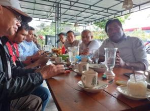 Fahmil, Wakil Ketua DPRD Kampar Menjadi Narasumber pada Acara Kawan Diskusi