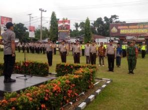 Kapolres Kampar Beri Penghargaan Anggotanya dan Prajurit TNI serta Warga Masyarakat