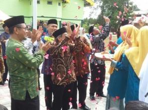 Peresmian Gedung Yayasan Pesantren Islam (YPI) Al - Azhar Cabang Riau, Dihadiri Pemerintahan Riau