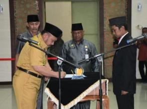 Bupati Kampar Lantik 45 Pejabat Administrator dan Pengawas.