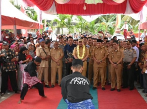 Resmi Menjabat Kepala Desa, Masyarakat Gelar Syukuran yang dihadiri Langsung Bupati  Kampar
