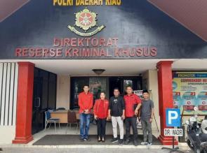PDI Perjuangan Riau Laporkan Morlan Simanjuntak dan Kuasa Hukumnya Ke Polda Riau