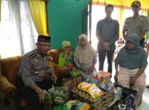 Sungguh Mulia Team, Jumat Barokah Polresta Pekanbaru Kunjungi Janda Tua Kurang Mampu