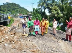 Sekda Tinjau Rencana Pembangunan Jalan Jalur II di Desa Merangin.