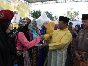 Carnaval Budaya dan Lomang Singgang Tutup Rangkaian Memeriahkan Hari Jadi Kabupaten Kampar ke 69.