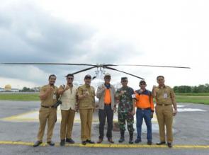 Gunakan Heli, Bupati Kampar Bersama BNPB Propinsi Patroli Karlahut