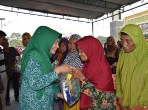Pasar Murah di Kuapan Paling Ramai Dikunjungi Masyarakat