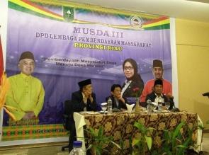 Rusli Ahmad Kembali Pimpin Lembaga Pemberdayaan Masyarakat Provinsi Riau