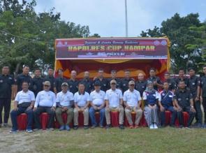 Dandim Aidil hadiri Pameran Burung Berkicau Kapolres Kampar Cup With Police BC