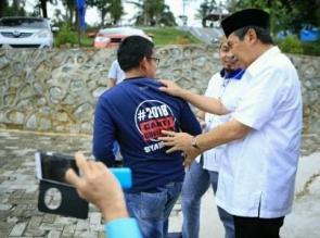 Siapa Ingin Syamsuar Gubernur Riau? Angkat Tangan Kanan, Allahu Akbar!
