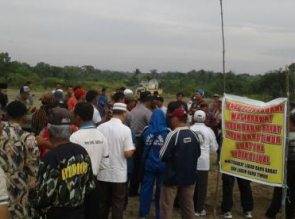 Tanah Kuburan Dijual Belikan? LSM LIRA Pekanbaru Kecam Oknum Camat dan Lurah
