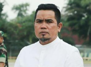 H.Zukri Himbau Perusahaan Salurkan CSR Kepada Masyarakat Dampak Covid 19 Dalam Bentuk Uang Tunai