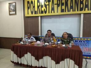 Polresta Pekanbaru Rapat Bahas Pengamanan Tahun Baru 2018