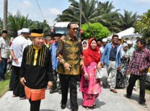Azis Zaenal, Masyarakat Kampar Siap Bersaing Dimanapun berada.