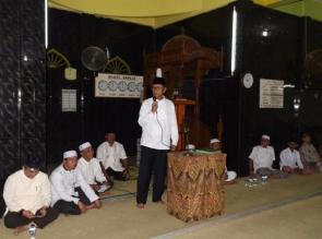 Aziz Ajak Masyarakat Makmurkan Mesjid
