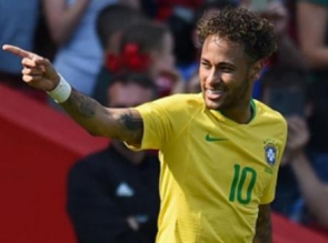Legenda Brasil Berikan Sanjungan kepada Neymar