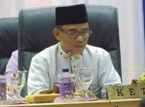 Ahmad Fikri Ingatkan Bupati Azis Dalam Menempatkan Pejabat