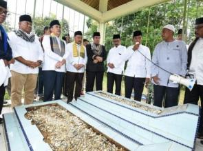 Raya Enam dan Ziarah Kubur, Kearifan Lokal Juga Wisata Religi Yang Harus Dilestarikan