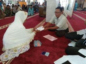 262 KK di 4 Kecamatan Terima Zakat Komsumtif dari Baznas Kampar