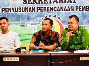 Dinas PMD Sosialisasikan Perbup 72 Tentang Pemilihan Kepala Desa Antar Waktu Melalui Musyawarah
