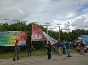 Panwaslu Kabupaten/Kota Se-Provinsi Riau Mulai Menertibkan Alat Peraga Sosialisasi (APS) Partai dan