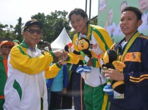 Perenang Kampar Raih Emas Pertama Porprov 2017, Hari Pertama Kumpulkan 3 Emas 1 Perak 2 Perunggu