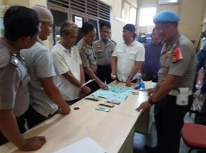 Polsek Kampar Grebek Pelaku Judi Dadu Guncang di Desa Kampung Panjang, 1 Orang Tertangkap