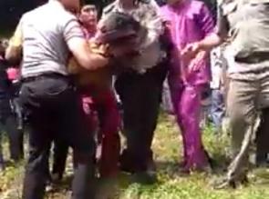Kapolres Kampar Ikut Bantu Evakuasi Korban Pecahan Lelo.