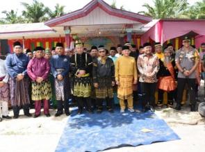 Catur Sugeng, Tetap Berpegang teguh Pada Tali Bapilin Tigo, Tigo Tungku Sajorangan.