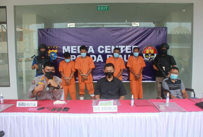 Tim Gabungan Ditkrimum Polda Riau dan Satreskrim Polres Kampar Tangkap Komplotan Perampok Sadis