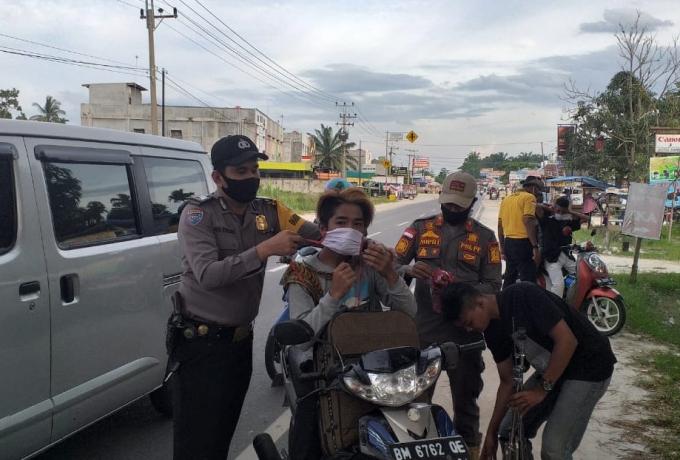 Tim Justisi Gabungan Kecamatan Tapung Kawal Pelaksanaan PSBM di Desa Karya Indah