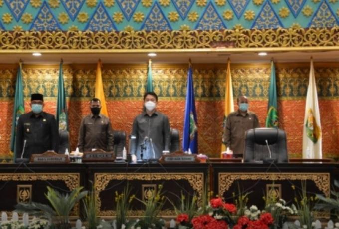 DPRD Provinsi Riau Gelar Rapat Paripurna Tentang Laporan Hasil Kerja Panitia Khusus Terhadap RANPERD