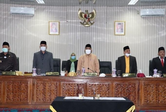 DPRD Kabupaten Kampar Gelar Rapat Paripurna Teken Nota Kesepakatan KUA-PPAS APBD Kampar
