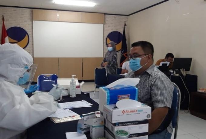 NasDem Riau Gelar Swab Antigen Gratis
