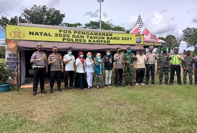Dandim 0313/KPR Bersama Kapolres Kunjungi Pospam Ops Lilin 2020 di Lapangan Merdeka Bangkinang