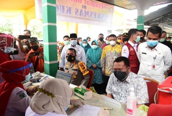 Kampar mulai lakukan Vaksinasi Covid-19 di Puskesmas Kuok