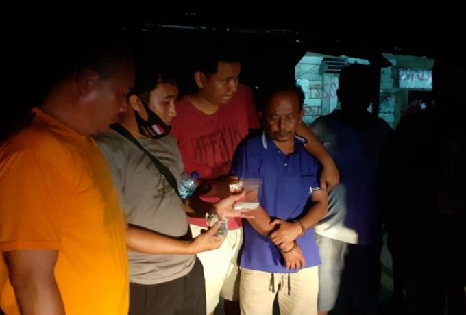 Babinsa Bersama Bhabinkamtibmas dan Kepala Desa Pauh Amankan 20 Gram Sabu