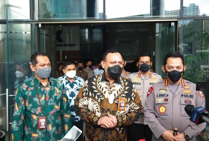 Kunjungi KPK, Kapolri Bicarakan Penguatan SDM, Pencegahan Hingga Joint Investigasi