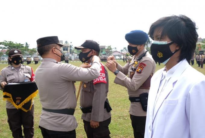 Kapolda Riau Pimpin Apel Kesiapan Bhabinkamtibmas dan Tenaga Medis Kepolisian