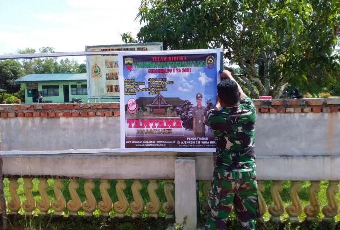 Himbauan Bagi Putra Putri Yang Ingin Jadi Prajurit TNI, Koramil 12/XIII Koto Kampar Pasang Baliho Di