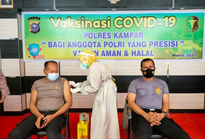 Hari ini Personel Polres Kampar Kembali Divaksinasi Covid-19 Untuk Tahap II Gelombang I