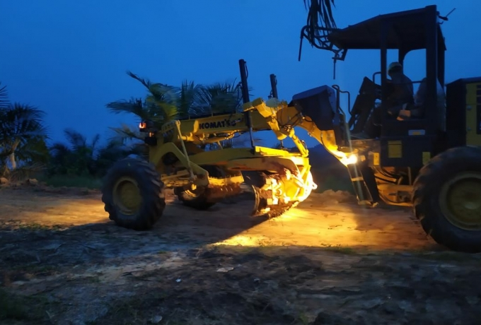 Capai Target, Satgas TMMD ke-110 Kodim 0313 KPR, Tak kenal lelah Bekerja Siang Malam.