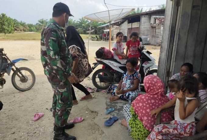 Komsos Babinsa Sertu Irwan Bersama Warga Binaan, Himbau Protokol Kesehatan